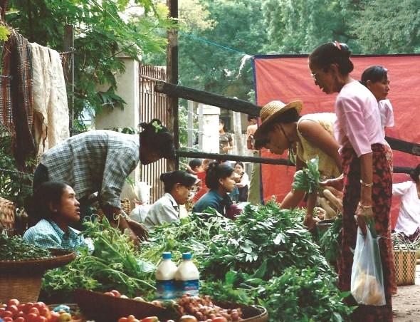 Marché birman (octobre 2005)